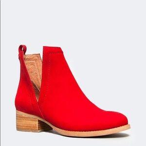 Jeffrey Campbell Oriley Red Booties Heel 6.5